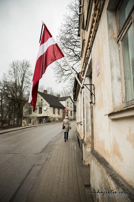 Kandava Latvijas karogs