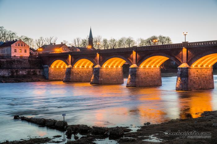 Kuldigas tilts Venta saulrietā