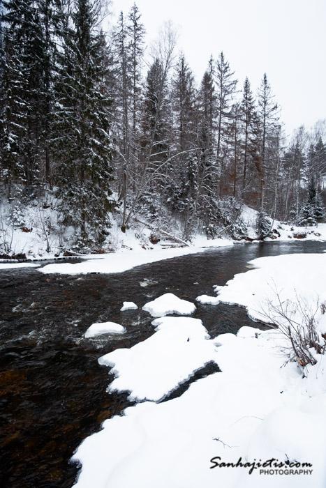 Amata ziemā