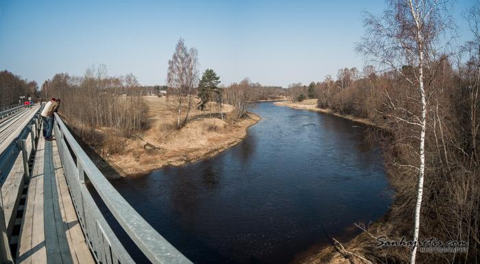 Tilts pāri Salacai